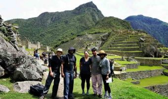 Hiking The Sacred Valley 3D To Machu Picchu