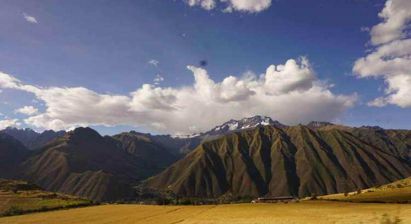 andes mountains Machu Picchu hike with Sacred Valley Tour 2 Days